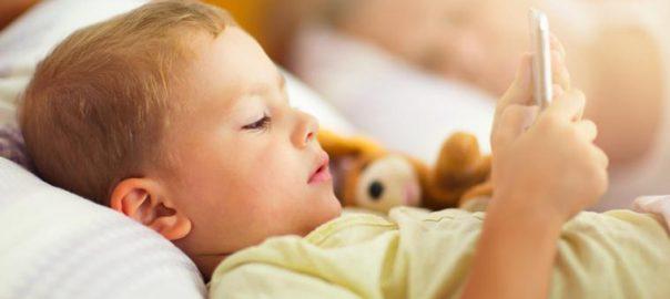 sonno bambini tablet smartphone